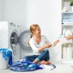 Washing maschine, mother with child
