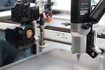 Filamentdruckkopf und vipro-HEAD 5 Dosiereinheit (Foto: CR-3D)