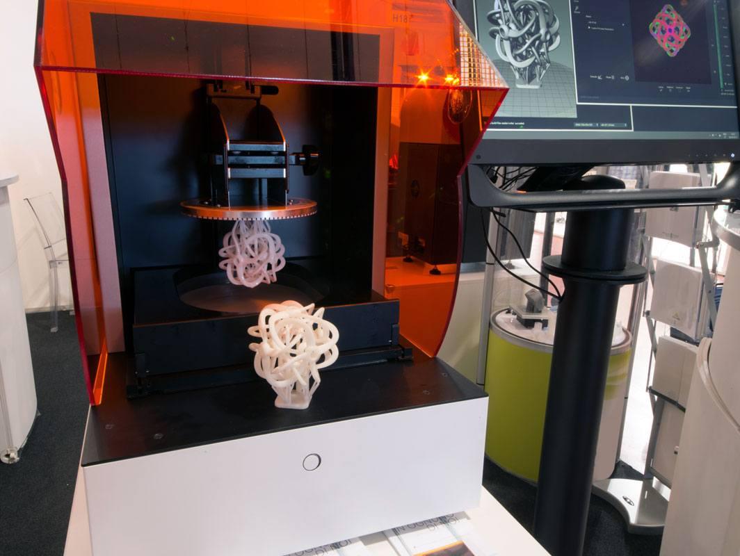 Druckverfahren Stereolithographie in der Praxis.