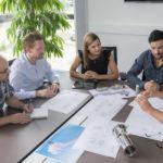 Offene Gesprächsrunden prägen ein innovatives und kreatives Miteinander.