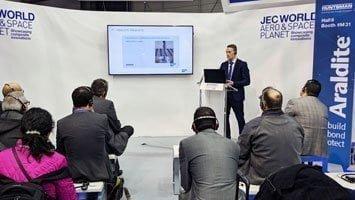 Franz Kamhuber von ViscoTec hielt einen Vortrag auf der JEC