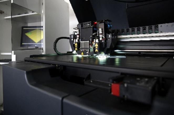 3D Drucker mit Material Jetting Verfahren.