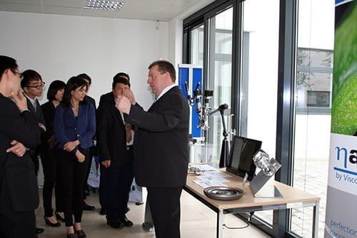 Viscotec: Showroom with the Delegation from Singapore